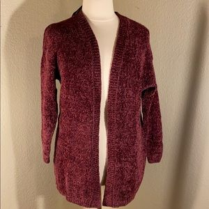 Burgundy long sleeved sweater